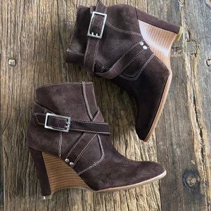 Donald J Pliner Hannah Expresso Suede Wedge Boot